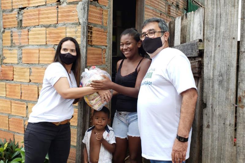 Em sua primeira ação, foram 470 cestas básicas arrecadadas para distribuição em áreas carentes do município.