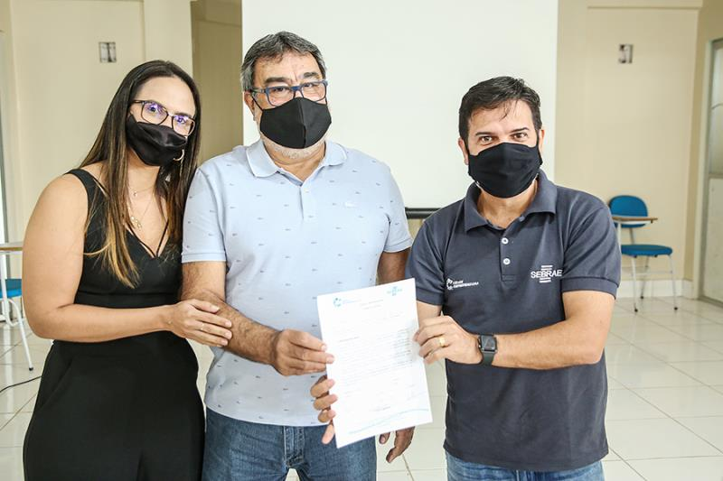 A Prefeitura de Paragominas também assinou o Termo de Adesão para continuidade do Programa Cidade Empreendedora.