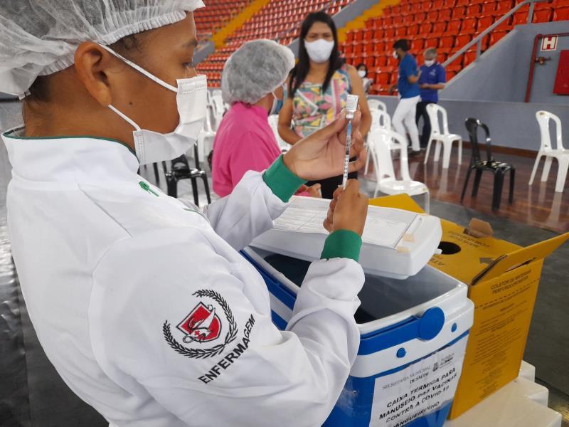 Vacinação de grávidas e puérperas foi tranquila no Mangueirinho