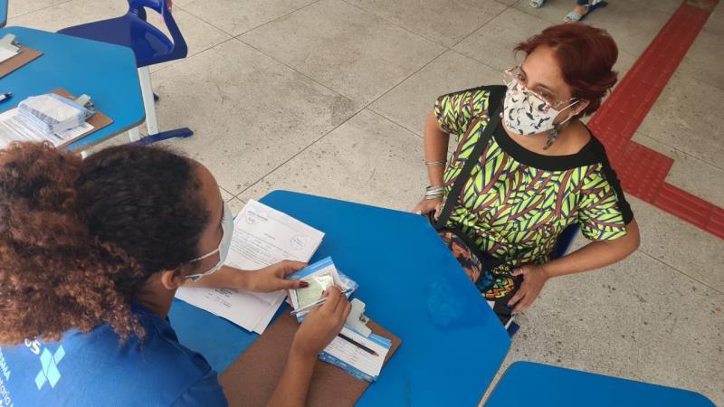 Trabalhadores da educação do ensino fundamental da Semec se vacinaram na sexta-feira,11, e no sábado,12.
