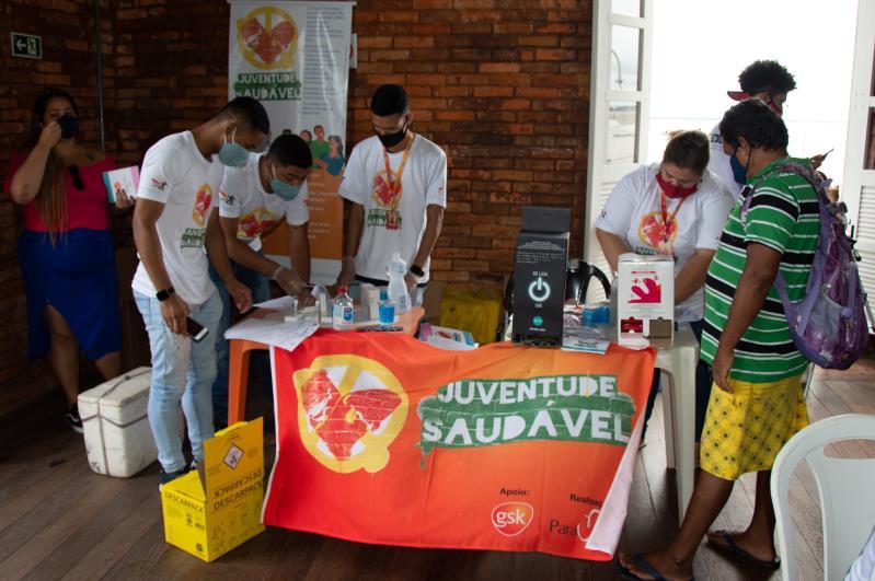 Para realizar as ações, a Sesma contou com o apoio do Consultório na Rua e  do projeto Juventude Saudável
