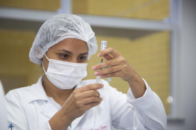 Na quarta-feira, 28 de julho,serão vacinadas com a segunda dose, exclusivamente, pessoas com comorbidades nascidas de 1962 a 1969