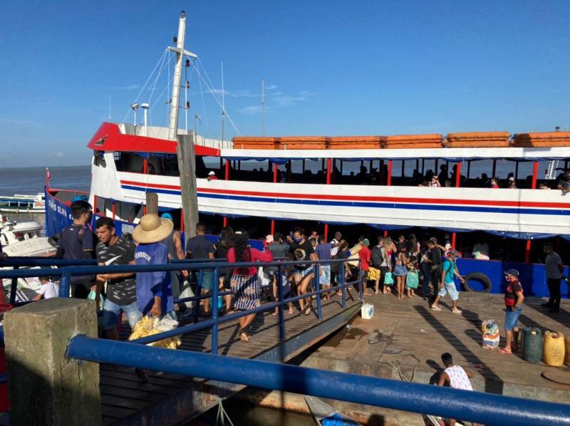 Neste final de semana, a linha Icoaraci-Cotijuba contou com o apoio do novo navio Otávio Oliva, cuja capacidade é de 600 passageiros