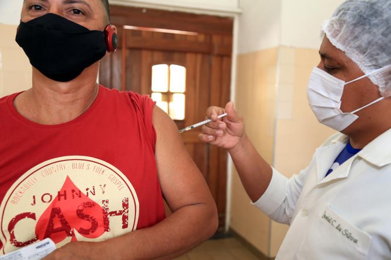 Vacinação ocorre de forma muito tranquila em Belém nesta quinta-feira, 22, em Belém
