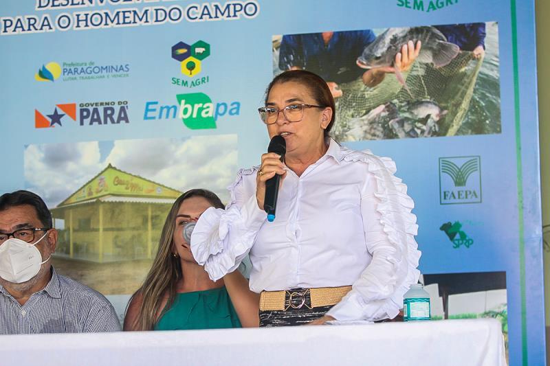 Vice-prefeita de Paragominas, Vera Lúcia, durante o Seminário de Agricultura Familiar de Paragominas