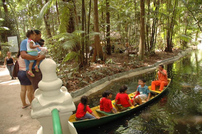 Durante o evento os pequenos terão atividades infantis como contação de histórias, exposição de animais exóticos para educação ambiental e apresentação de personagens