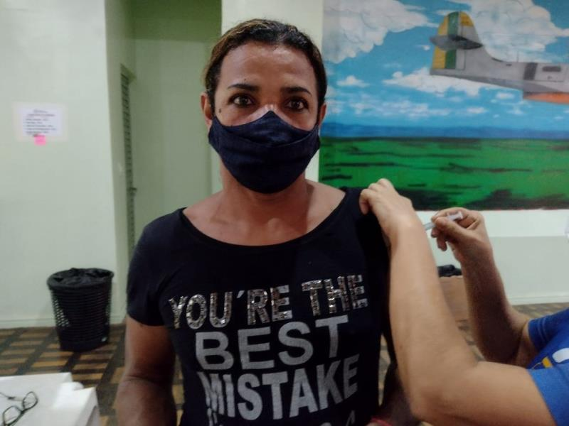 Para o cozinheiro Antônio Luiz Travassos, 49 anos, que também tomou a segunda dose nesta semana, a vacina é mais um aliado na luta contra o coronavírus.