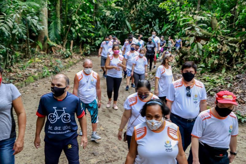 Projeto Portas Abertas leva pessoas com deficiência ao contato com a flora e fauna do Bosque Rodrigues Alves