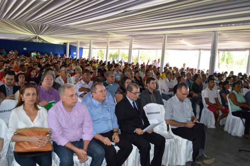 Coordenada pelo titular da Semas, a audiência permitiu a apresentação do projeto e o esclarecimento de dúvidas sobre o projeto