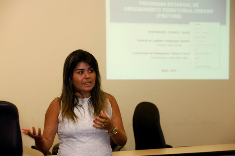A diretora de Logística e Integração Territorial da Sedop, Ingrid Souza, fala sobre 'Integração regional e a redução das desigualdades no nordeste do Pará'