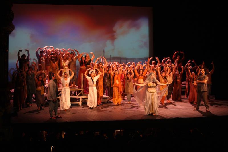 """A indicação de """"Os Pescadores de Pérolas"""" ocorre exatamente um mês após esse espetáculo ter sido a única produção brasileira no evento """"Ópera na Tela"""""""