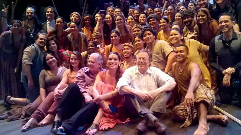 A quarta e última récita emocionou não somente o público presente ao teatro, mas também o elenco e toda a equipe técnica da ópera