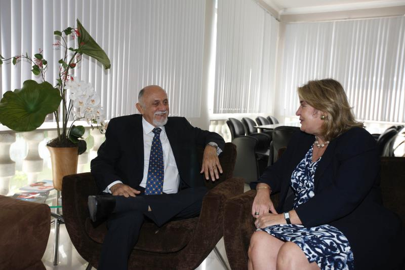 O governador traçou um panorama do desenvolvimento na região com a embaixadora da Colômbia, e destacou os avanços nas discussões ambientais