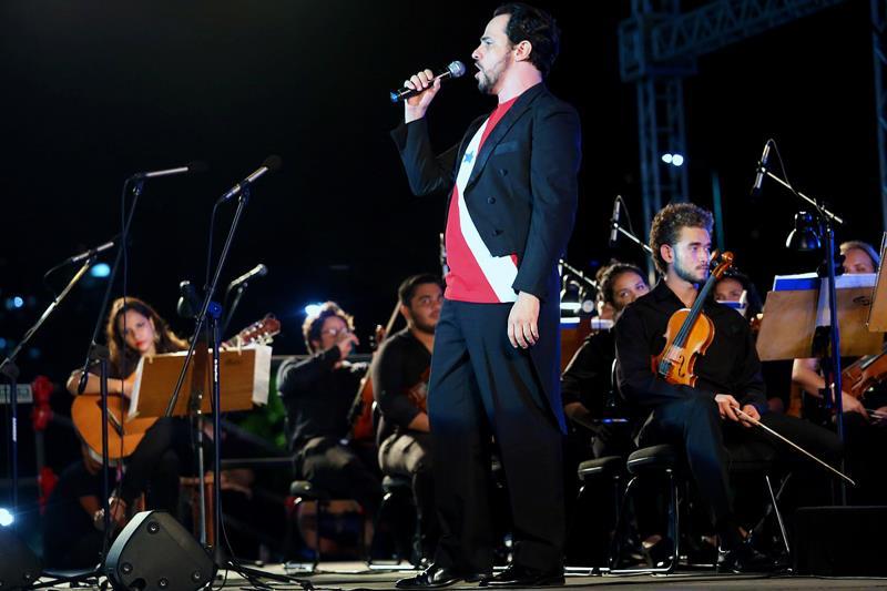 O barítono paulista Leonardo Neiva participou do concerto de encerramento do Festival de Ópera do Theatro da Paz, na noite deste sábado (19)