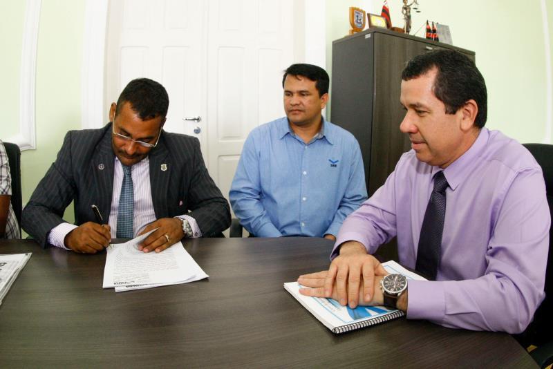O Termo de Cooperação Técnica vai criar 50 vagas em cursos de capacitação para internos do Centro de Detenção Provisória de Icoaraci (CDPI)