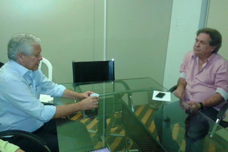Adenauer Góes também reuniu com o prefeito de Barcarena, Antônio Carlos Vilaça, que se mostrou muito preocupado com a economia do município