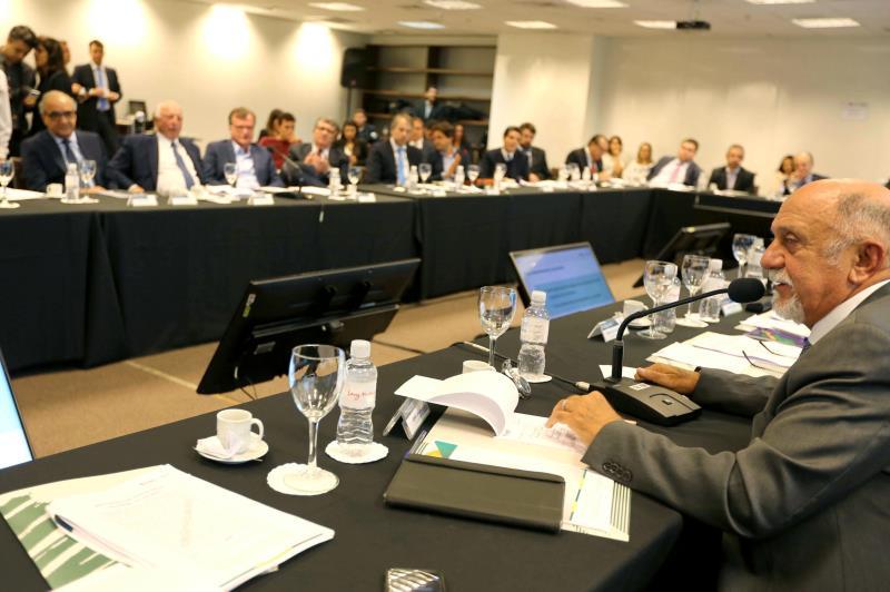 """'Não dá para tratar um país com a heterogeneidade que o Brasil tem de forma homogênea"""", ressaltou o governador Simão Jatene no encontro em São Paulo"""