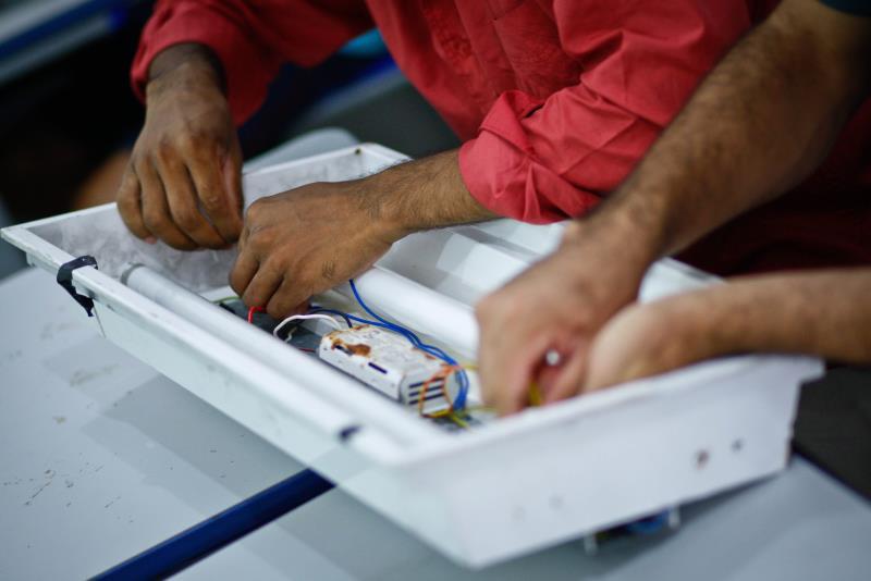 A parceria da Susipe com a Abecas foi firmada em outubro e prevê turmas de capacitação em fabricação de vassouras e refrigeração de automóveis
