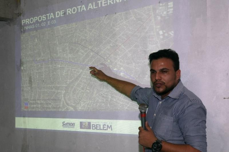 O representante da Prefeitura de Belém, engenheiro civil Luiz André, anunciou as mudanças no trânsito durante a interdição da rua Celso Malcher