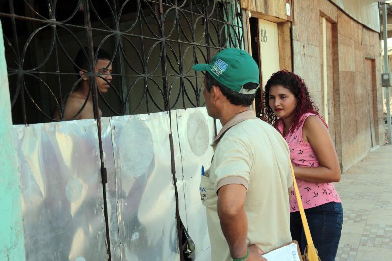 Mutirão de combate a dengue no barrio do curió
