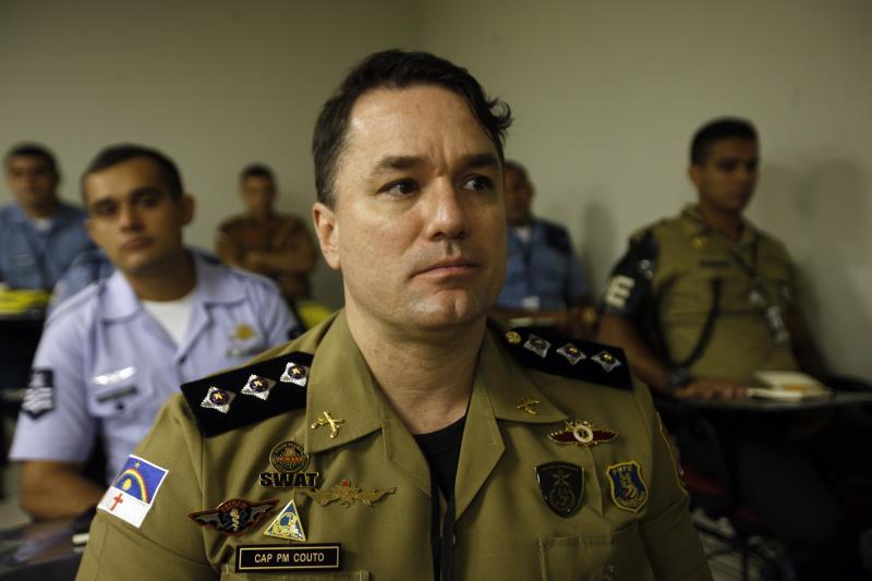 O capitão Ricardo Couto, da Polícia Militar de Pernambuco, afirma que o curso é necessário para compor a formação profissional