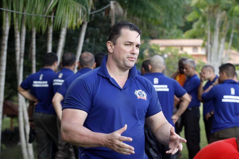 """""""Esse curso não é uma referência nacional à toa. É um dos melhores que já tive a oportunidade de participar, por seu grau de exigência"""", comenta o capitão da PM de Pernambuco, Ricardo Couto"""