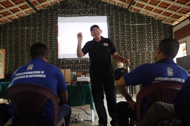 """""""A fazenda conta com toda a estrutura necessária, desde alojamento, refeitório e campos de treino, que são constantemente atualizados"""", explica o Dr. José Guataçara"""