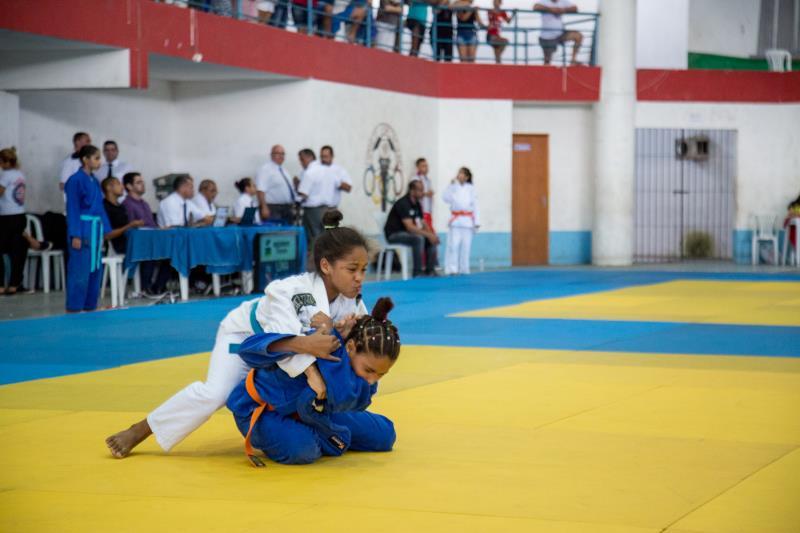 Campeonatos diversos, como os de judô, são realizados pela Sejel